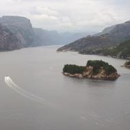 ...mit Paddeln im wunderschönen Lysefjord