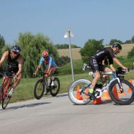 Unaccustomed to bike with drafting at the sprint