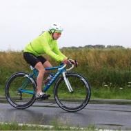 Viele Athleten wie Susanne Walter gingen dick eingepackt auf die Radstrecke